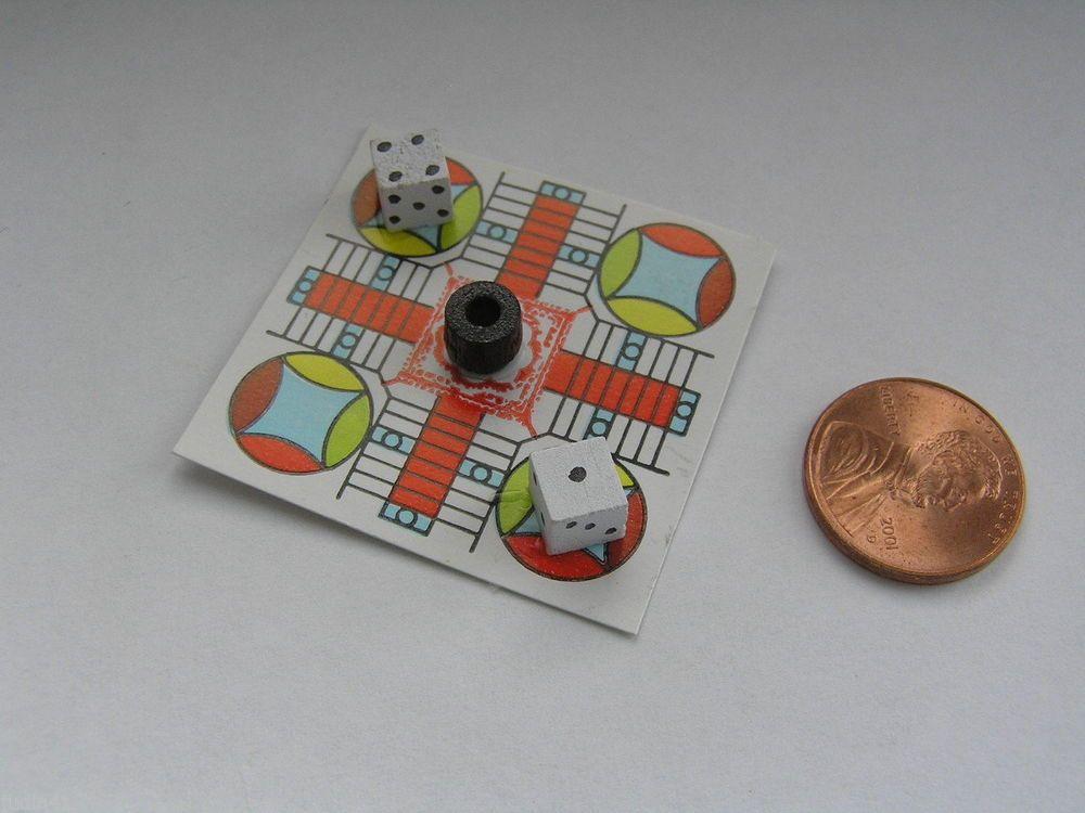 """Miniature Dollhouse Parcheesi Board Game 1 1/2"""" Sq"""