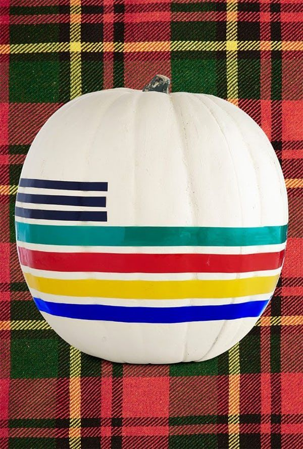 40 Creative Pumpkin Painting Ideas for a No-Mess Halloween #pumpkinpaintingideascreative 40 Creative Pumpkin Painting Ideas for a No-Mess Halloween   Brit + Co #sculpturesdecitrouille