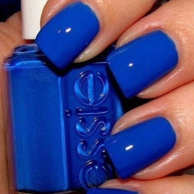 pretty blue nails...   Nails   Pinterest   Essie, Color azul y Uñas ...