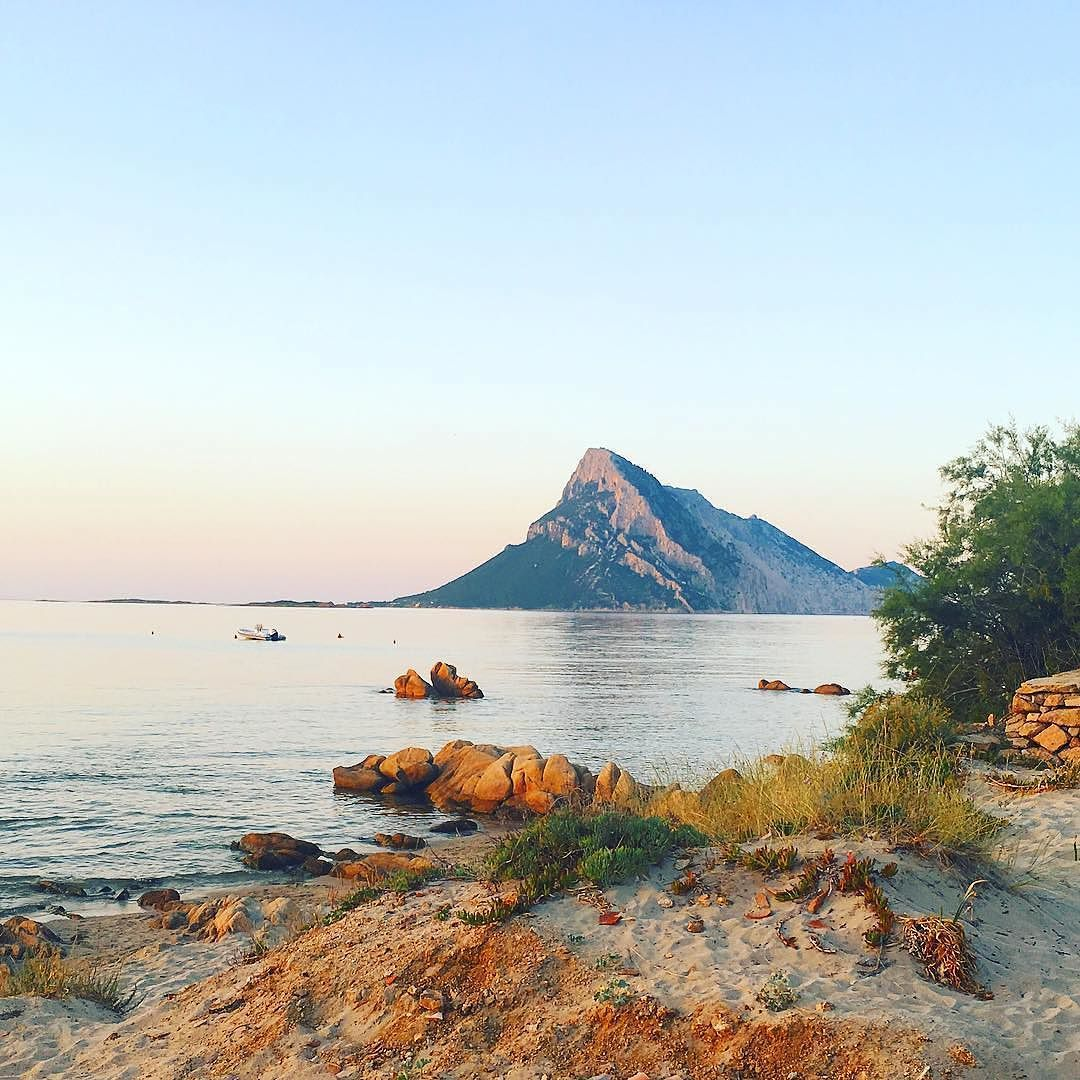 How does a vacation or honeymoon in Sardinia sound ment with a or