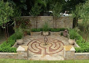The Labyrinth Garden   Silver Medal Winning Small Garden At The Hampton  Court Palace Flower Show 2007
