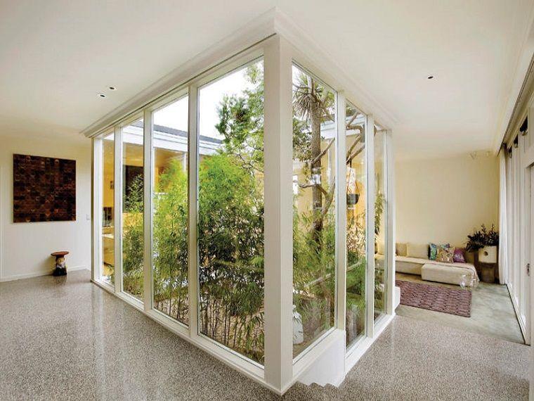 Patios interiores pequeños - ideas para una decoración moderna