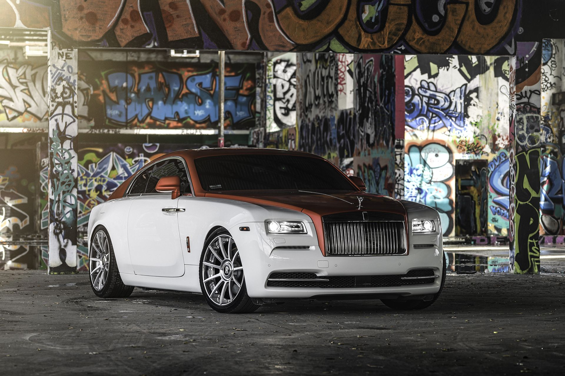 Rolls Royce Wraith With A Two Tone Paint Job Featuring The White Hue On Bottom And Ravishing Candy Le Red Up Top
