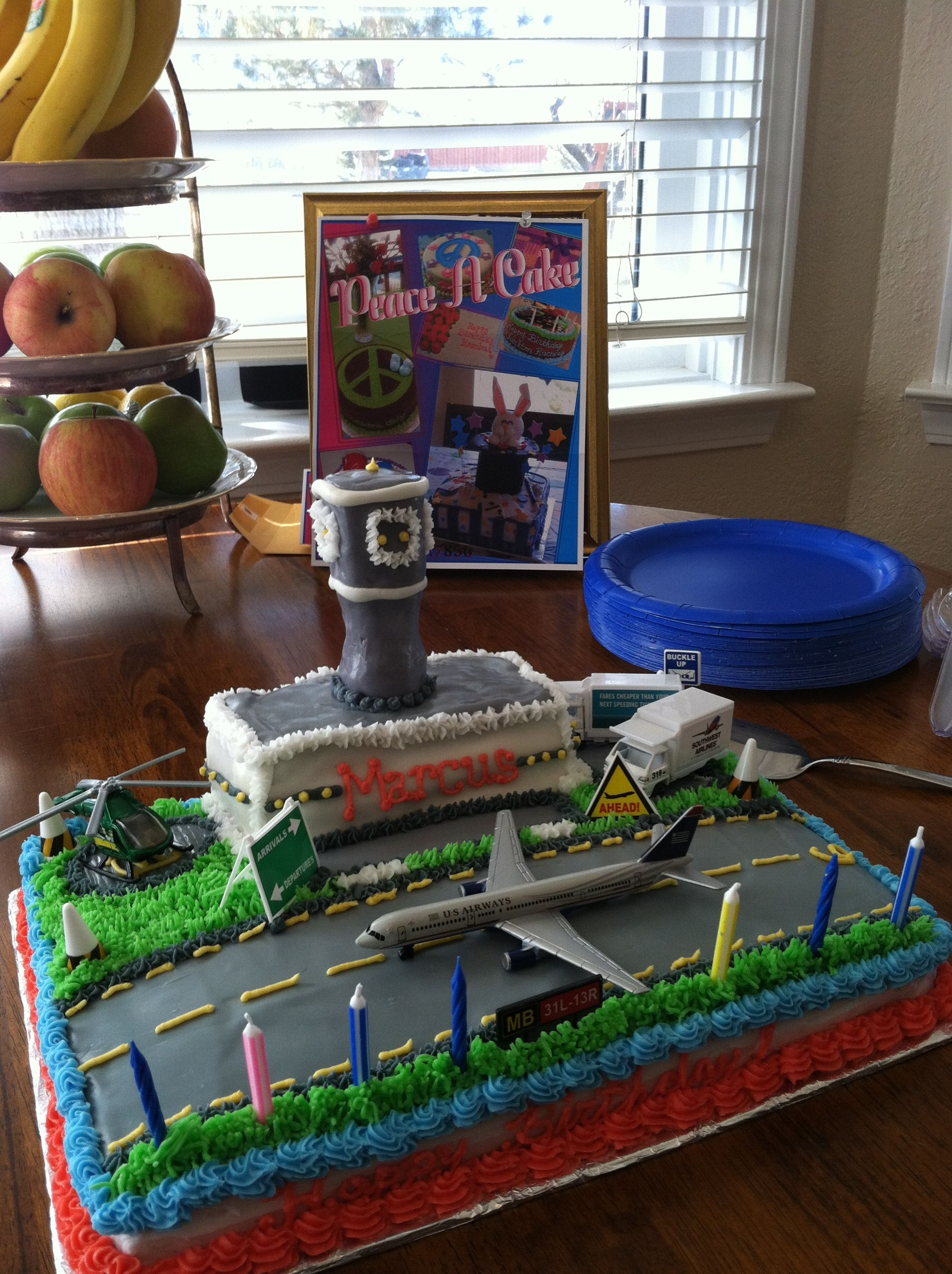 Airport Cake 6000 Cakes Ive Made In 2018 Pinterest Cake