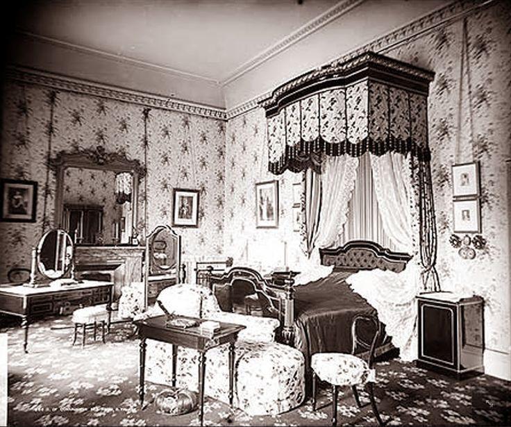 Queen Victoria S Bedroom Buckingham, Queen Victoria Bed