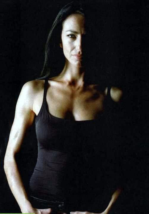 Claudia Black Aeryn Farscape Claudia Black Kickass Women Celebrity Twins