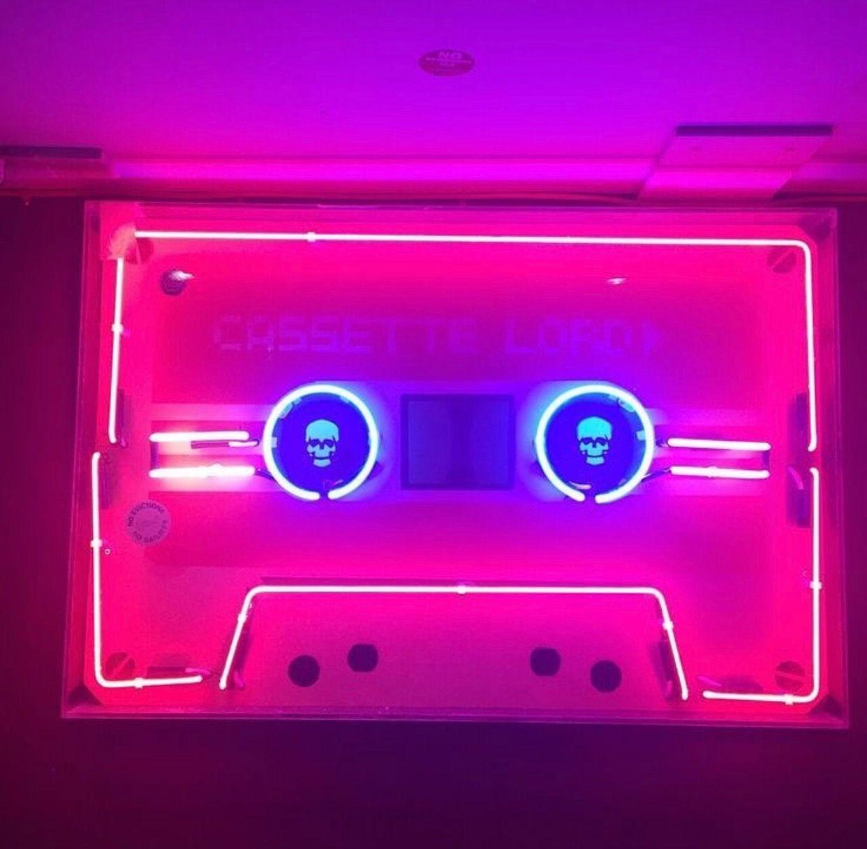 Pin by LEF on Neon in 2019 Neon lighting, Neon nights