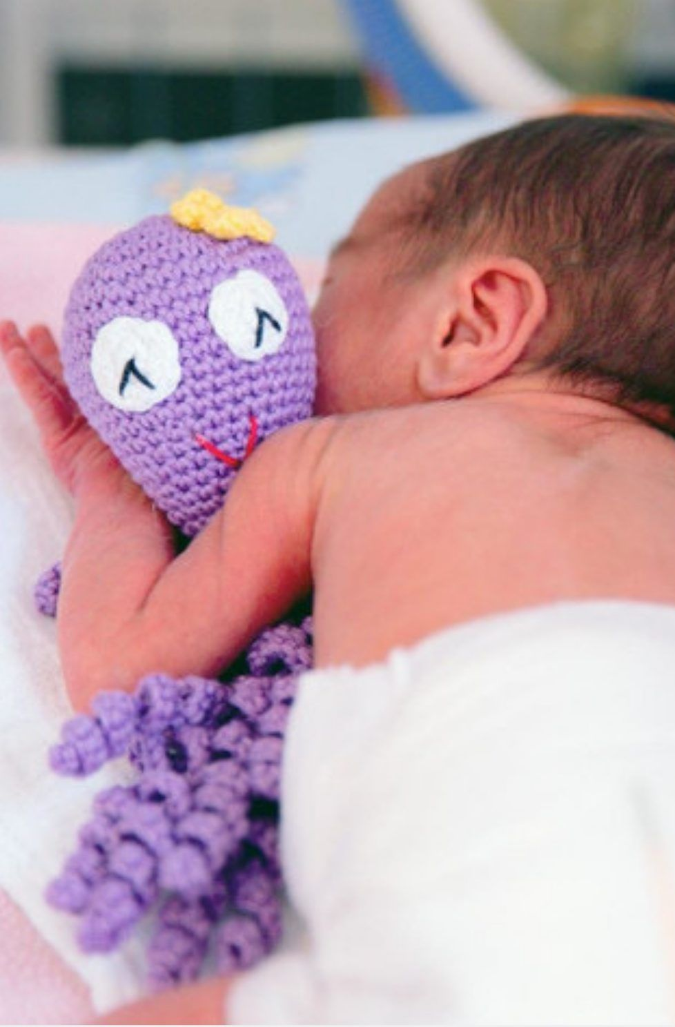 Crochet Octopus | Free Knitting Patterns | Handy Little Me