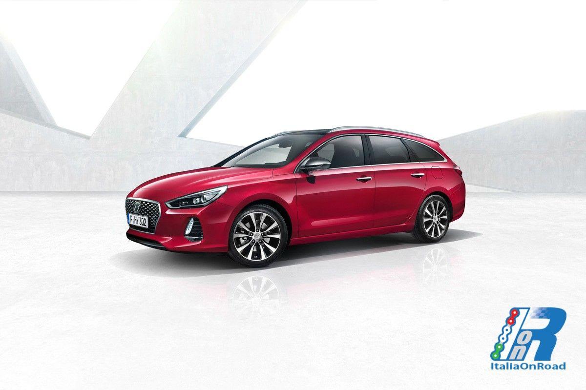Nuova Hyundai i30 Wagon: l'eleganza incontra la versatilità http://www.italiaonroad.it/2017/02/27/nuova-hyundai-i30-wagon-leleganza-incontra-la-versatilita/