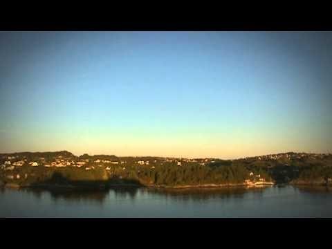 www.cruisejournal.de #Kreuzfahrt #AIDA Traummoment: Einlaufen in #Bergen mit #AIDAcara