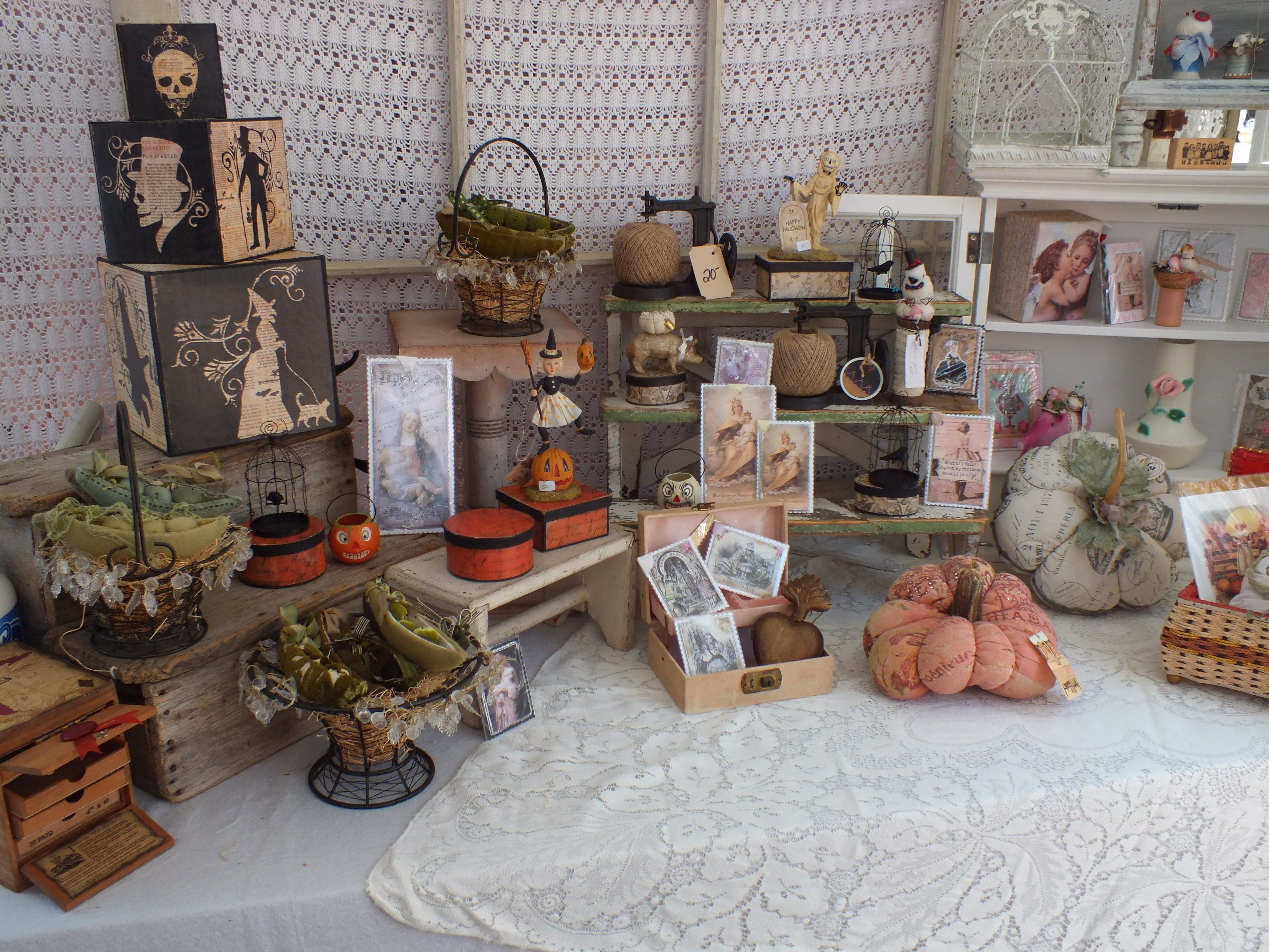In Costa Mesa Over 65 Vendors Ing Shabby Chic Vintage Re Purposed Rustic Home Decor And Handmade Items Adams Ave Free Parking