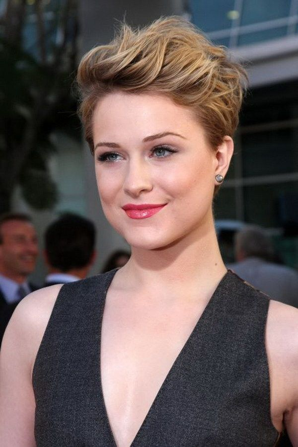 25 Beautiful Short Haircuts For Round Faces All Dolled Up