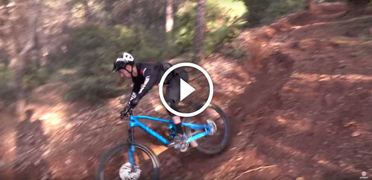 Watch: How To Be Smooth and Fast on your Mountain Bike. Singletracks Mountain Bike News.