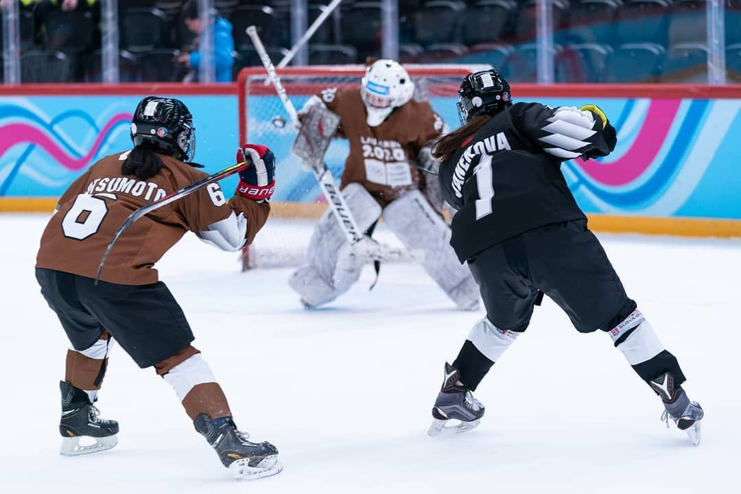 1 903 Likes 2 Comments Iihf Iihfhockey On Instagram 3 On 3 Cross Ice Hockey Has Been A Smashing Success At The In 2020 Youth Olympic Games Olympic Games Hockey