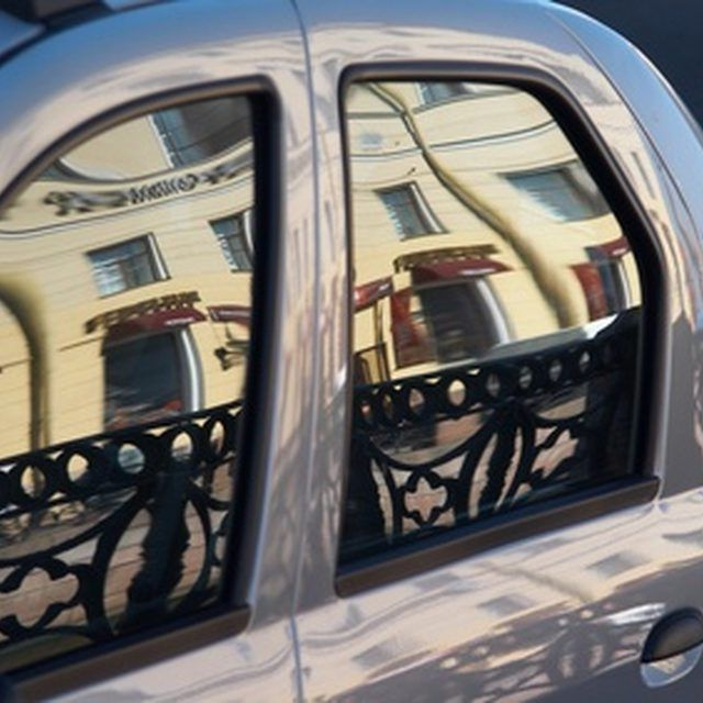 How to Remove Window Tint That Is Old & Stubborn From a ...