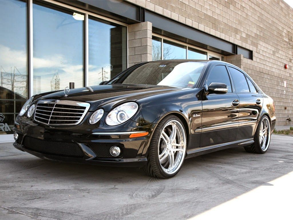 mercedes benz w211 e63 amg on r20 breden wheels. Black Bedroom Furniture Sets. Home Design Ideas