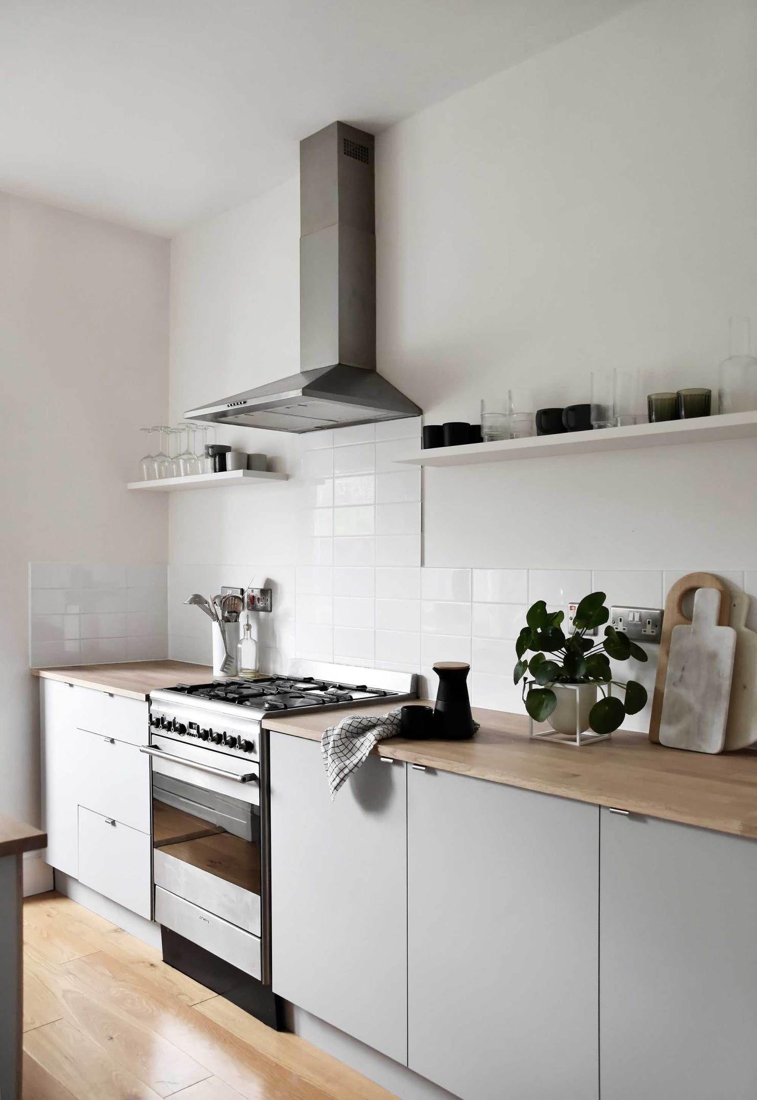 A minimalist kitchen makeover on a budget