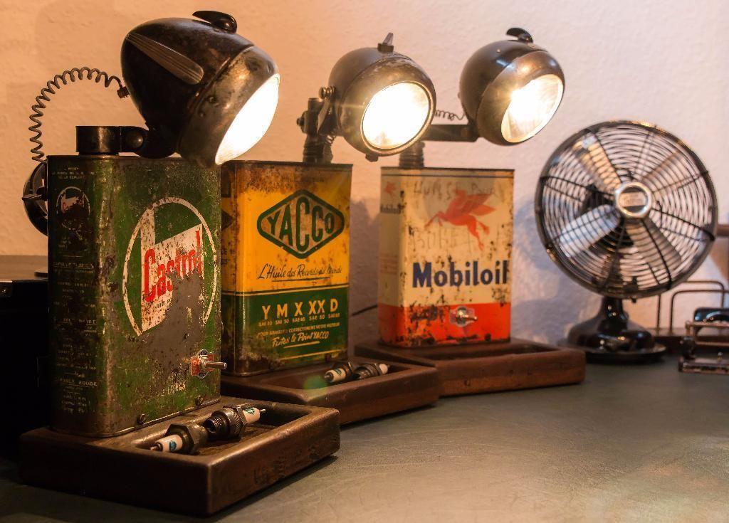 achtung es ist nur noch die castrol lampe zu haben die anderen sind bereits verkauft be