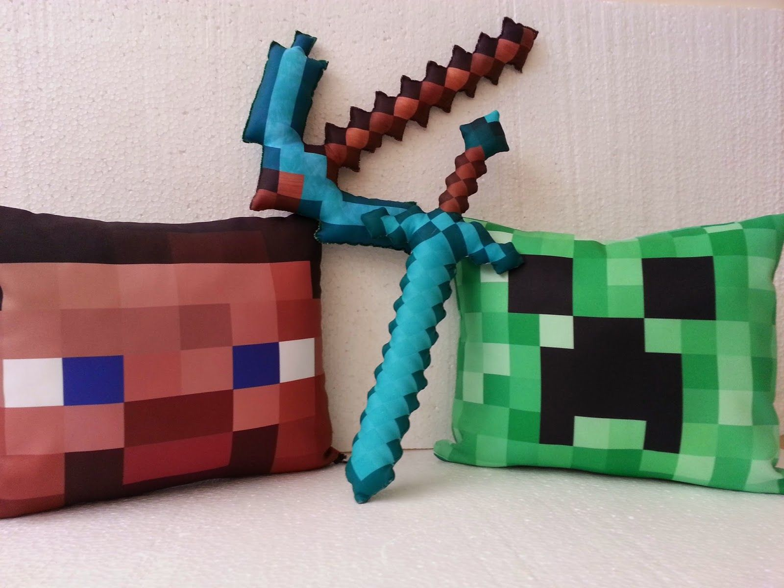 ALMOFADAS CREEPER E STEVE MINECRAFT GAME Minecraft Pinterest - Minecraft spiele mit waffen