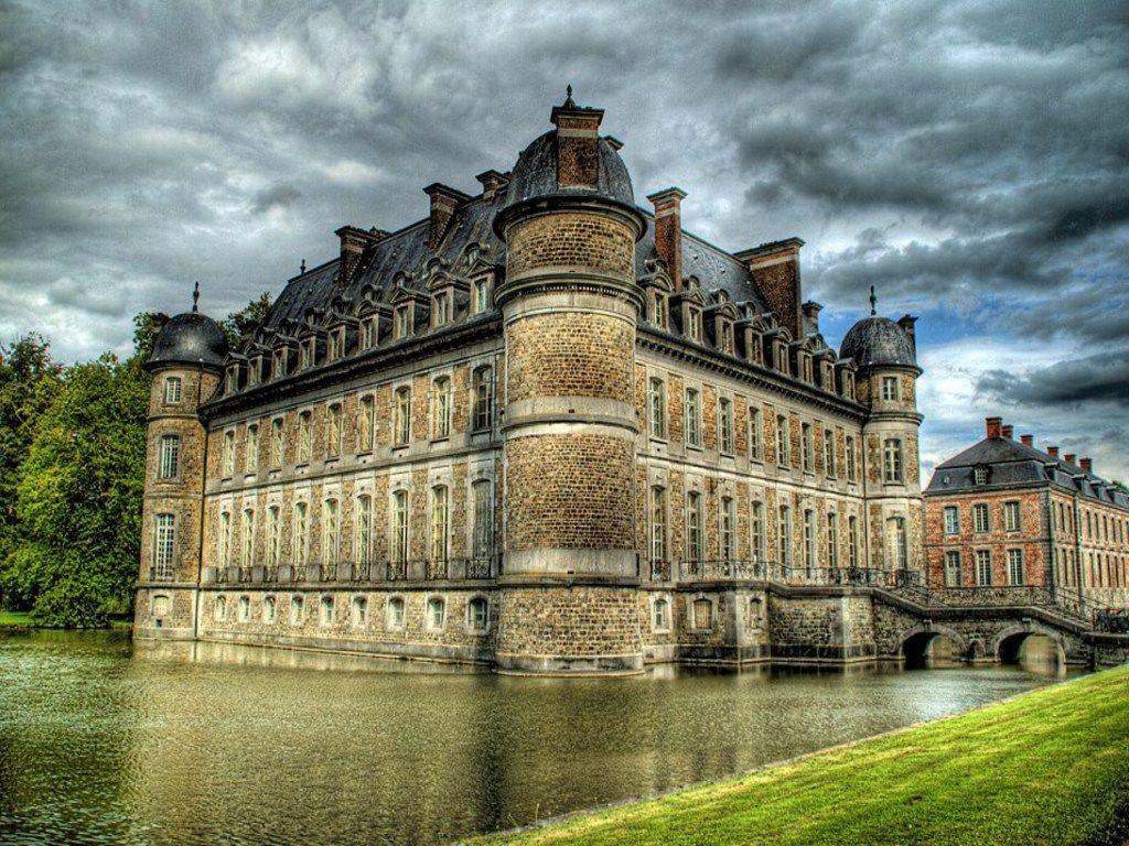 Chateau de Beloeil, Belgium Photo: worldoftravel.com