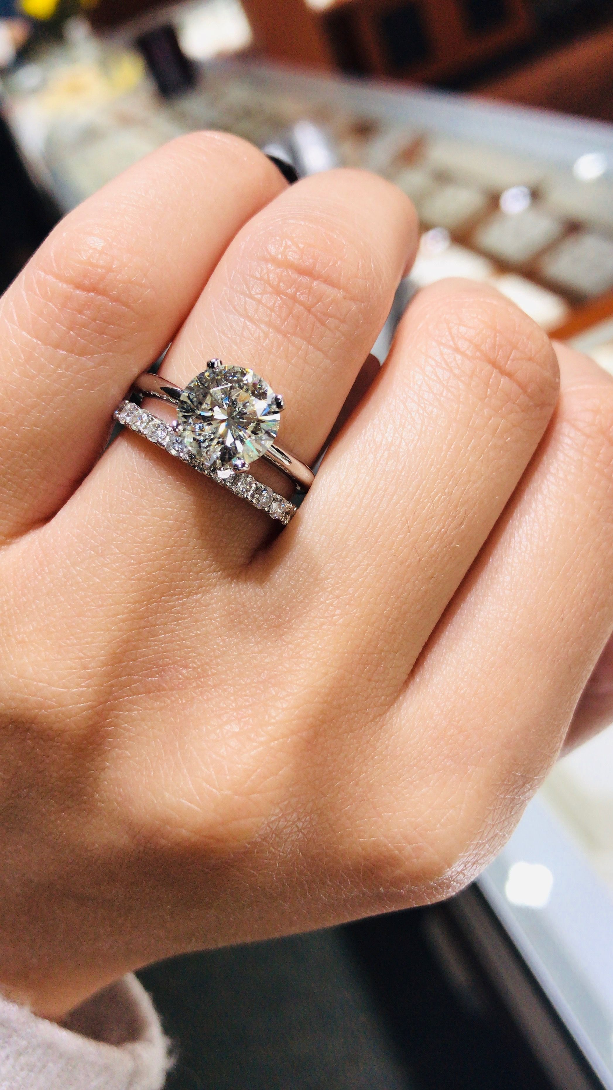 This Solitaire Ring And Its Matching Band Is A Classic Visit