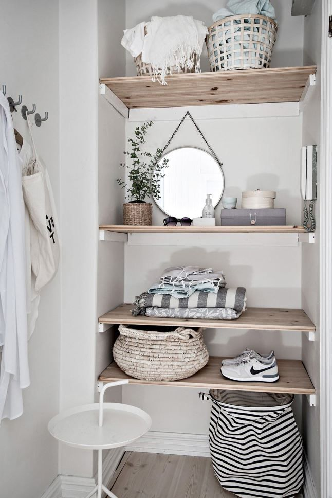 Shelves in a small space for organizing accessories Home
