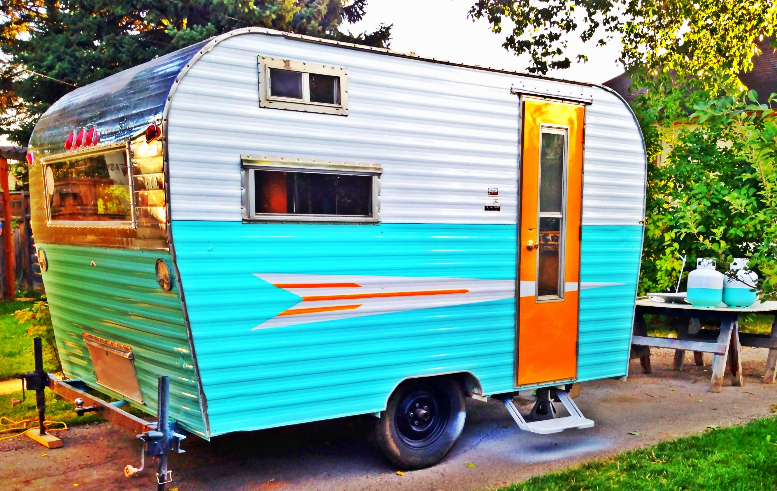 Renovated 1969 roadrunner travel trailer oh i love these colors find this pin and more on vintage trailers