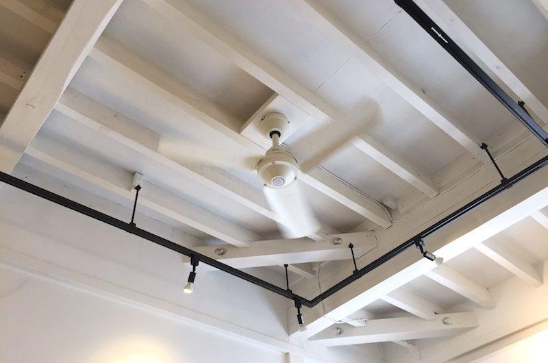 シーリングファンを自分で取り付けた話 部屋内の温度差を解消したい