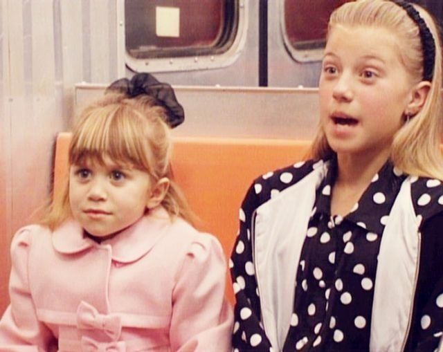 Ashley Olsen Jodie Sweetin On Full House Season 6 Full House