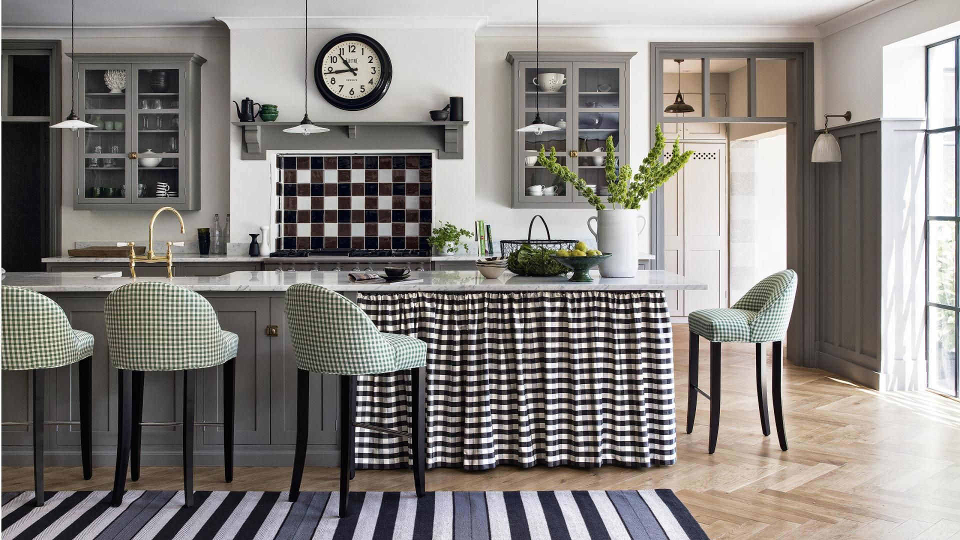 Grey And White Kitchen With Gingham Fabrics