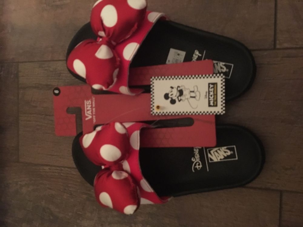 46453ff546d1 NEW Disney Vans Minnie Mouse Bow Slide On Women s 6 W  fashion  clothing