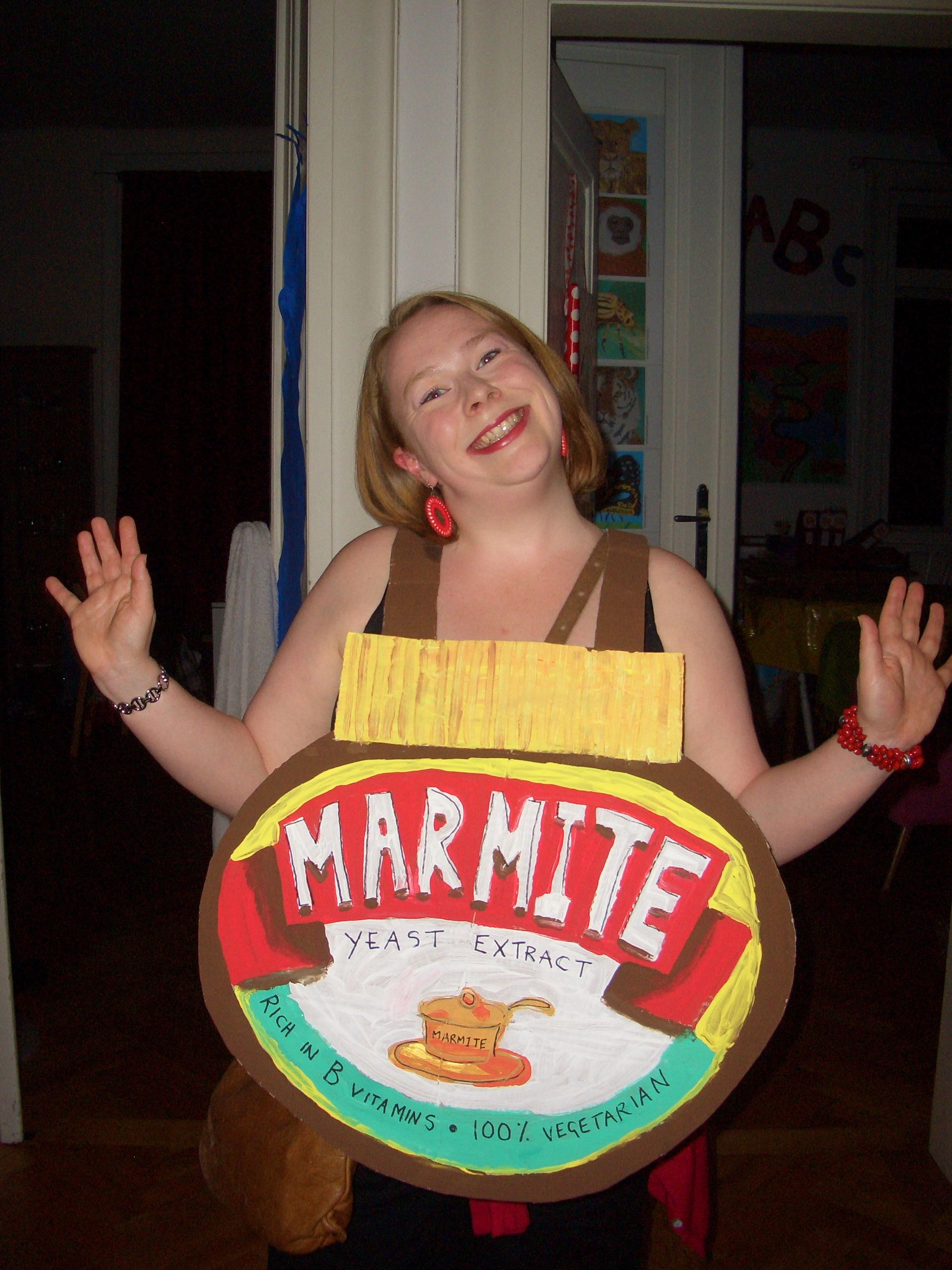Fancy dress bad taste party marmite yuck by emma lang for Ideen bad taste party outfit