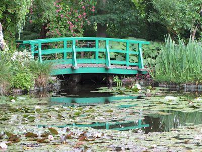 Monet's Green Bridge - Giverny