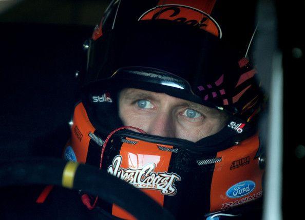 Carl Edwards Photo - Michigan International Speedway - Day 2