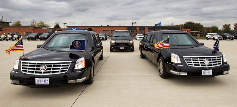 The Fascinating Anatomy Of The Presidential Motorcade With Images Presidential Emergency Vehicles