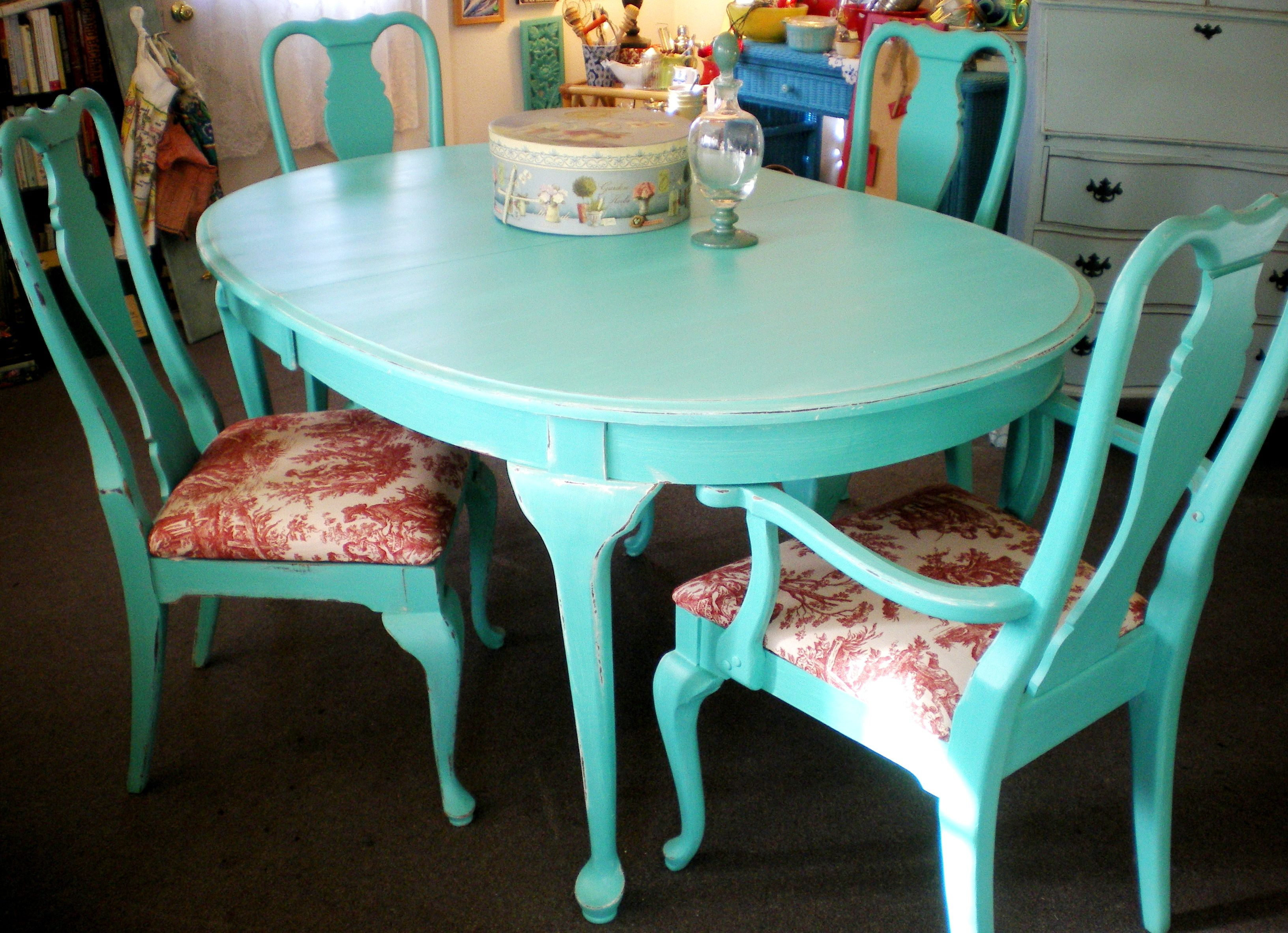 painted queen anne sofa table clic sofas turquoise shabby dining 2 leaves with red toile