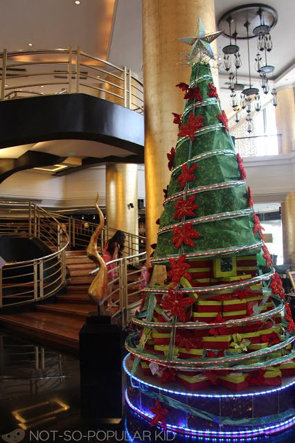 Christmas Tree Made Of Cupcake Boxes In Dusit Thani Philippines Christmas Tree Christmas In The Philippines Unique Christmas Trees