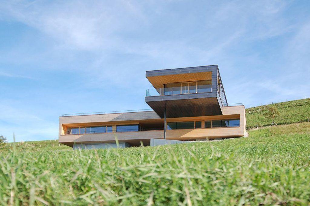 15 Hillside Homes That Know How To Embrace The Landscape twin - küchen aus polen