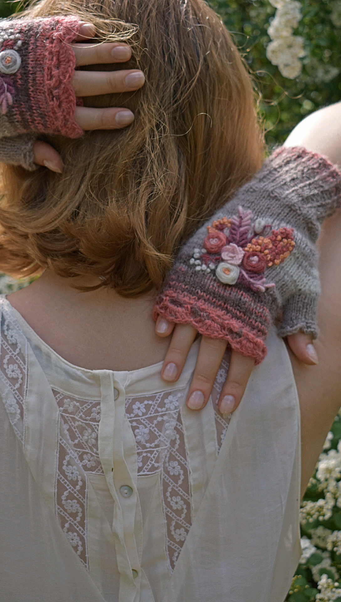 Photo of Floral fingerless mittens