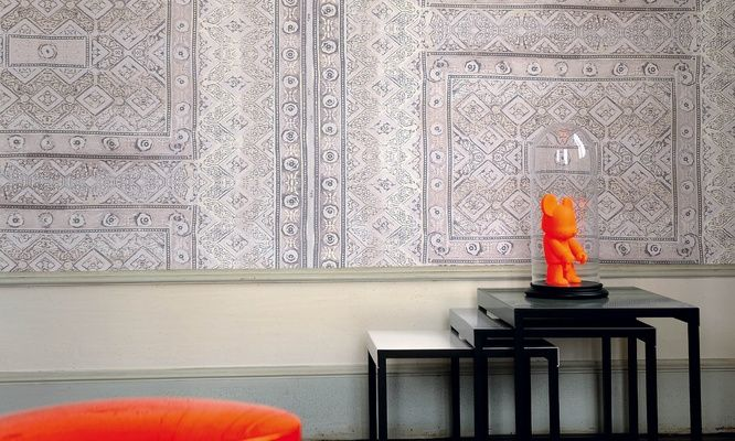 Elitis Foulards Rajasthan.  Oriental rug vinyl wallpaper.