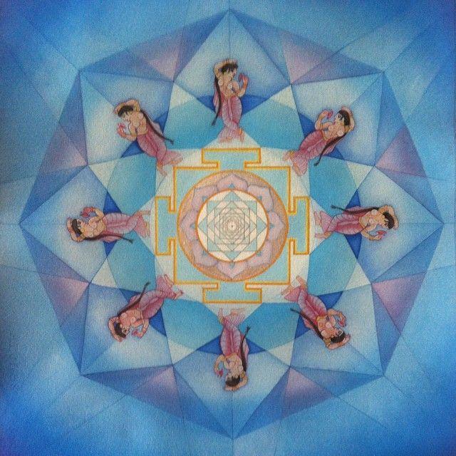Venus Mandala is finished! #yantra #mandala #sacredmotherarts #sacredart