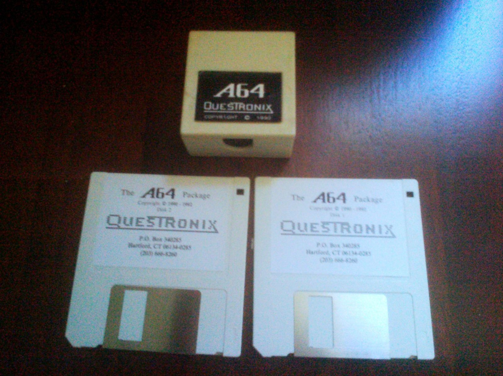 A64, Commodore 64 emulator hardware and software for