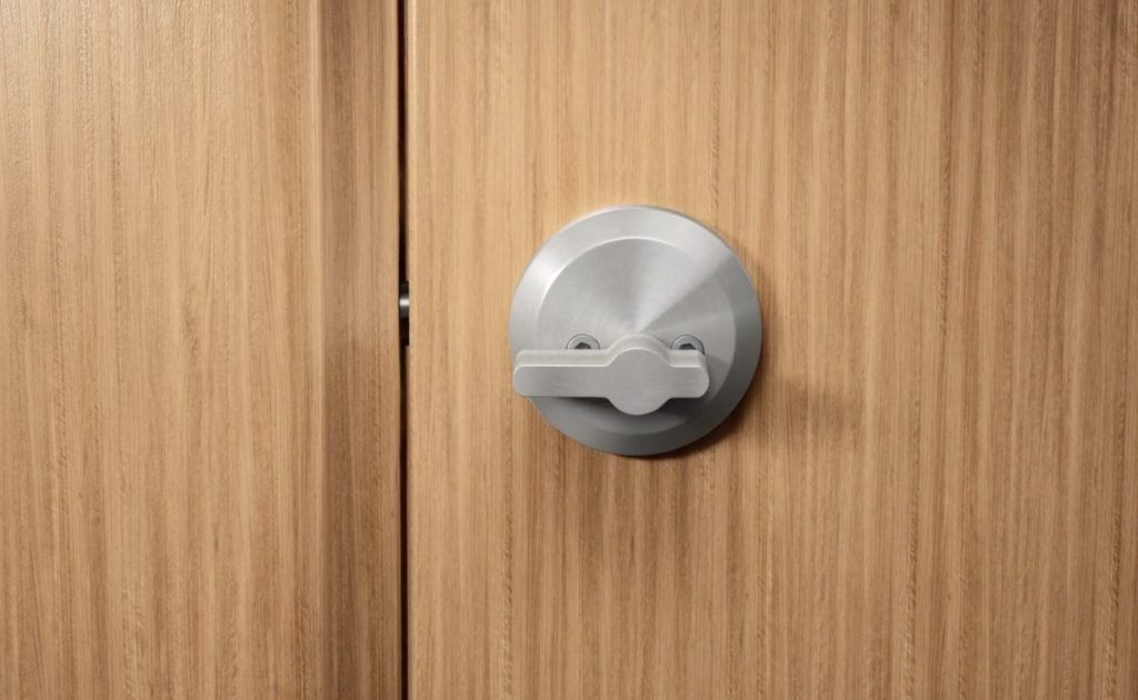 Level Invisible Smart Lock Gives You Keyless Entry To Your Home In 2020 Smart Lock Keyless Cool Gadgets