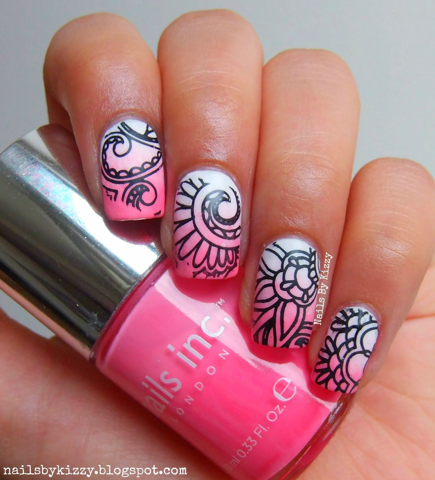 Gradient Stamping design using \'Nail Art Stamp Template Quirky ...