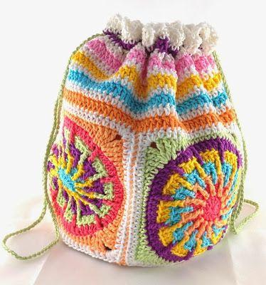 Häkelbeutel aus Windrad-Grannys (Elealinda-Design) | -::- Crochet ...