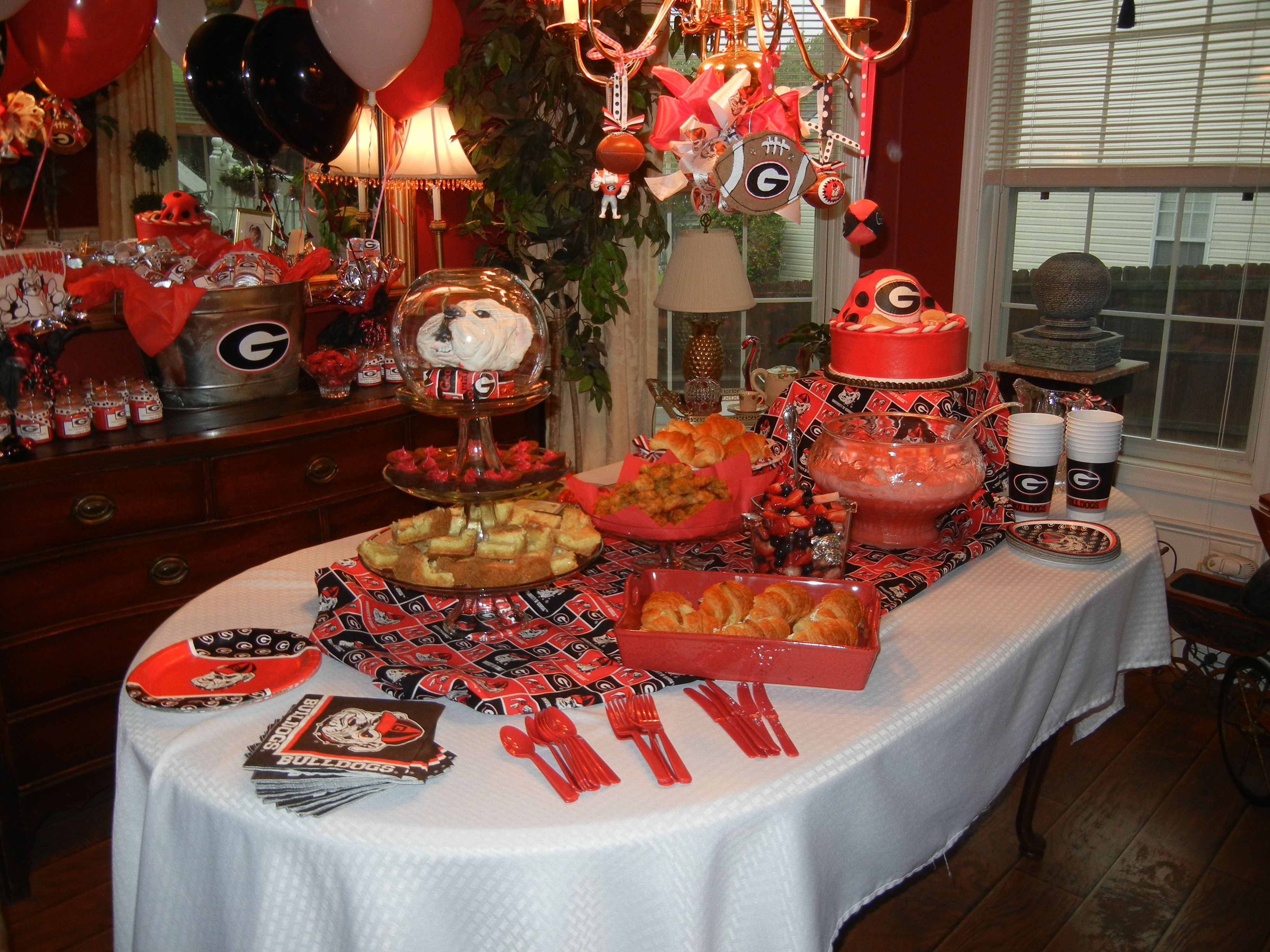 UGA Themed Baby Shower! Keeping This In Mind For If/when We Have Baby