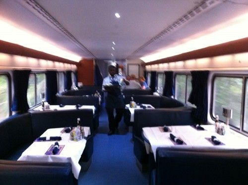 Dining Car On Amtrak 39 S City Of New Orleans Train Bellevue College Interior Design
