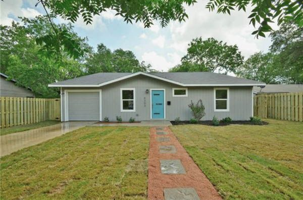 Cute mid century modern in Mueller area with nice upgrades. Price ...