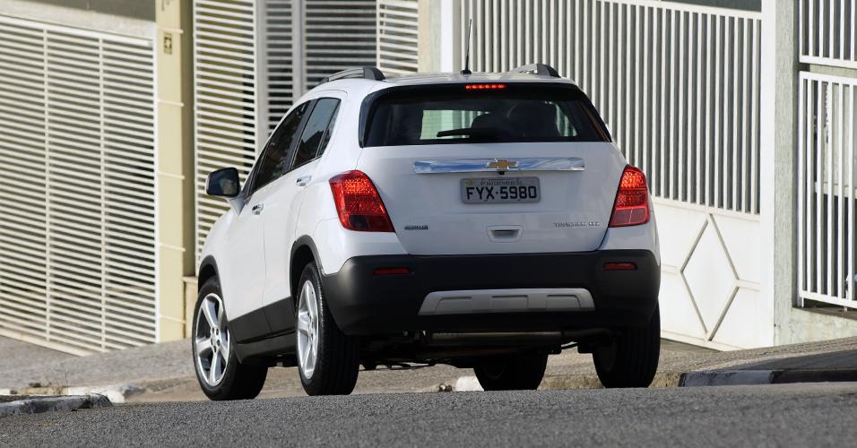 Motor do Tracker é o mesmo do Cruze, o 1.8 Ecotec de 144 cv e 18,9 kgfm: apesar da valentia, é gastão por conta do peso (1.355 kg, em ordem de marcha)