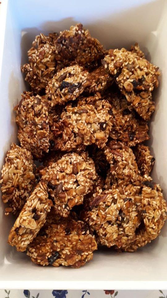 עוגיות גרנולה קראנצ'יות | בקלי קלות! - מתכונים מתו